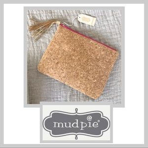 🆕 NWT Mudd Pie Cork Zipper Clutch with Tassel